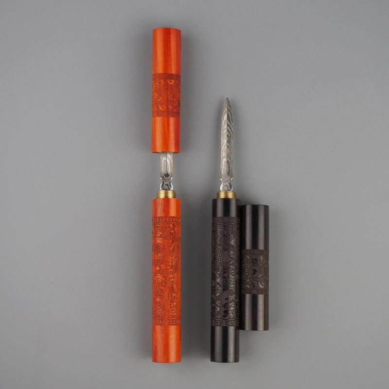 Два ножа для пуэра из дерева с узором