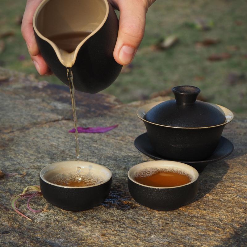 "Черные гайвань, чахай и пиалы | ""Чайнотека"""